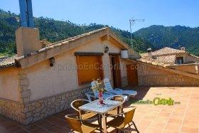 Foto de Alojamientos Rurales La Higuerilla Apartamento en Burunchel, La Iruela