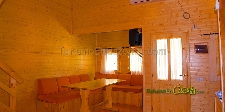 Caba as de madera los pinos casa rural y alojamientos en - Ver casas de madera por dentro ...