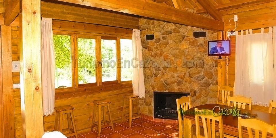 Caba as el rancho casa rural y alojamientos en burunchel for Oferta cabanas de madera