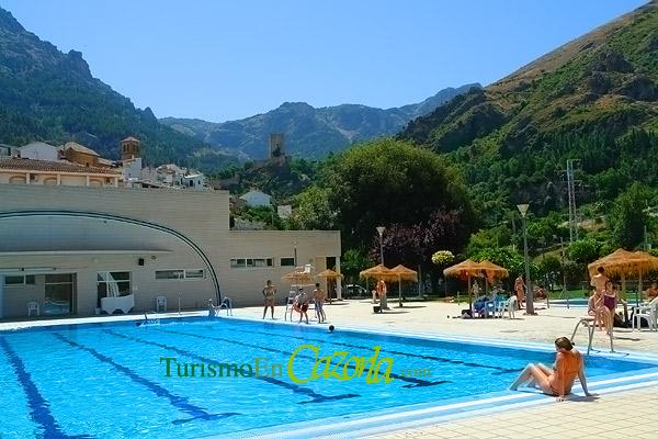 Piscina municipal de cazorla galer a de fotos de - Fotos de piscina ...